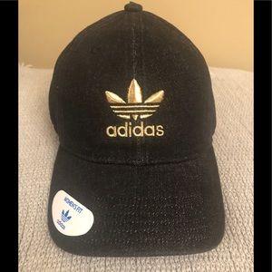 ◻️Adidas original women's black adjustable hat